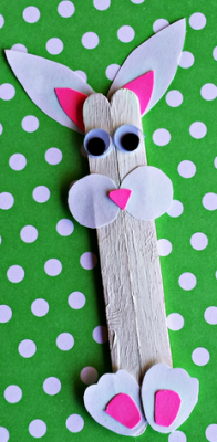 Como fazer um coelhinho da Páscoa com palitos - 1
