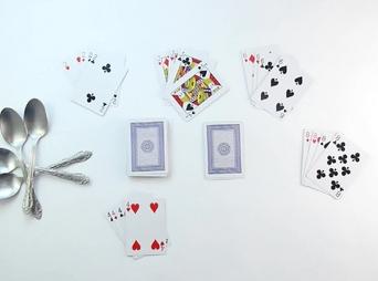 Jogo de cartas das colheres